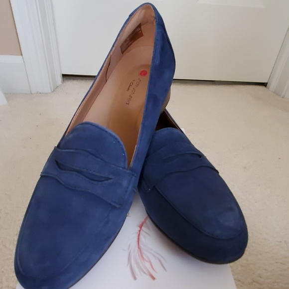 biggest discount outstanding features best value NIB NWT Clarks Navy Suede Un Blush Go loafers NWT
